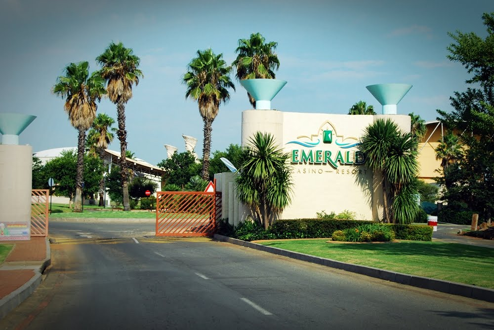 Hotels near emerald casino south africa